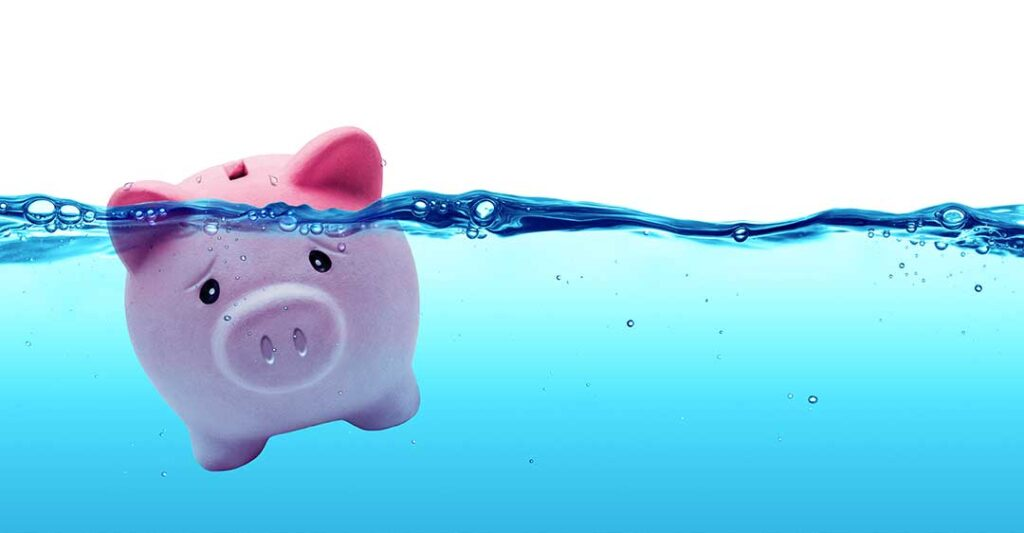 pink piggy bank under water, how to avoid business bankruptcy