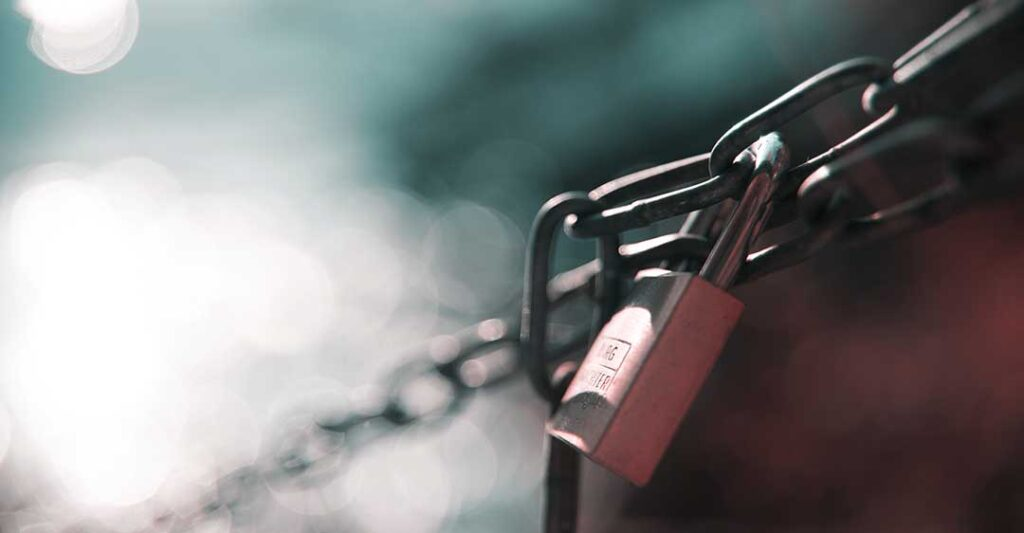 padlock on chain, florida business law, types of liens